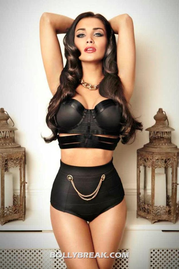 Amy Jackson Black Lingerie Super Hot Pic - Amy Jackson Lingerie hot Wallpaper