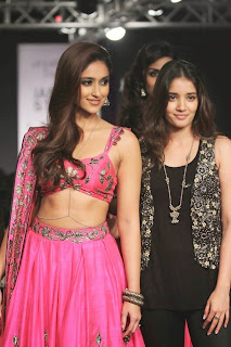 Ileana DCruz Showstopper at LFW 2014 (1).jpg