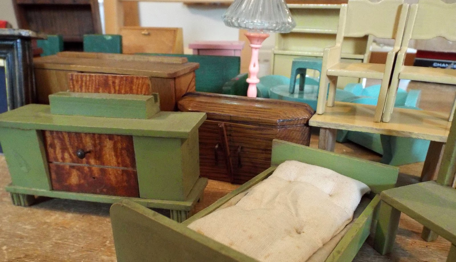 In The Past 24 Hours I Have Been Busy Listing Various Antique And Vintage  Dolls House Furniture To KT Miniatures Website.