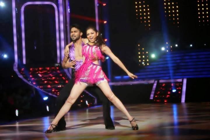 Drashti Dhami sexy dance in Jhalak Dikhhla jaa