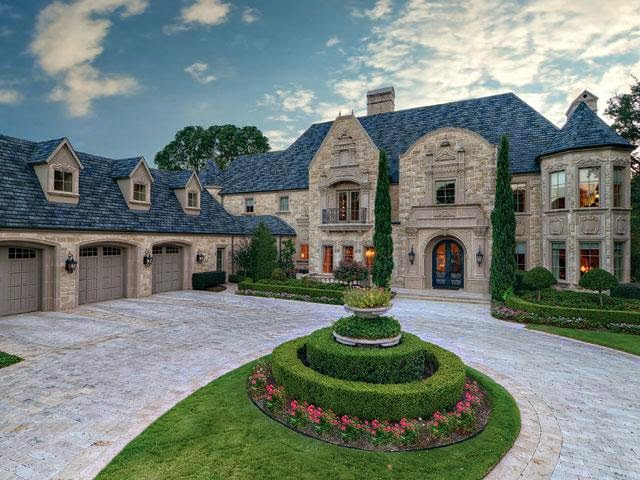 Tricked out mansions showcasing luxury houses amazing Castle home