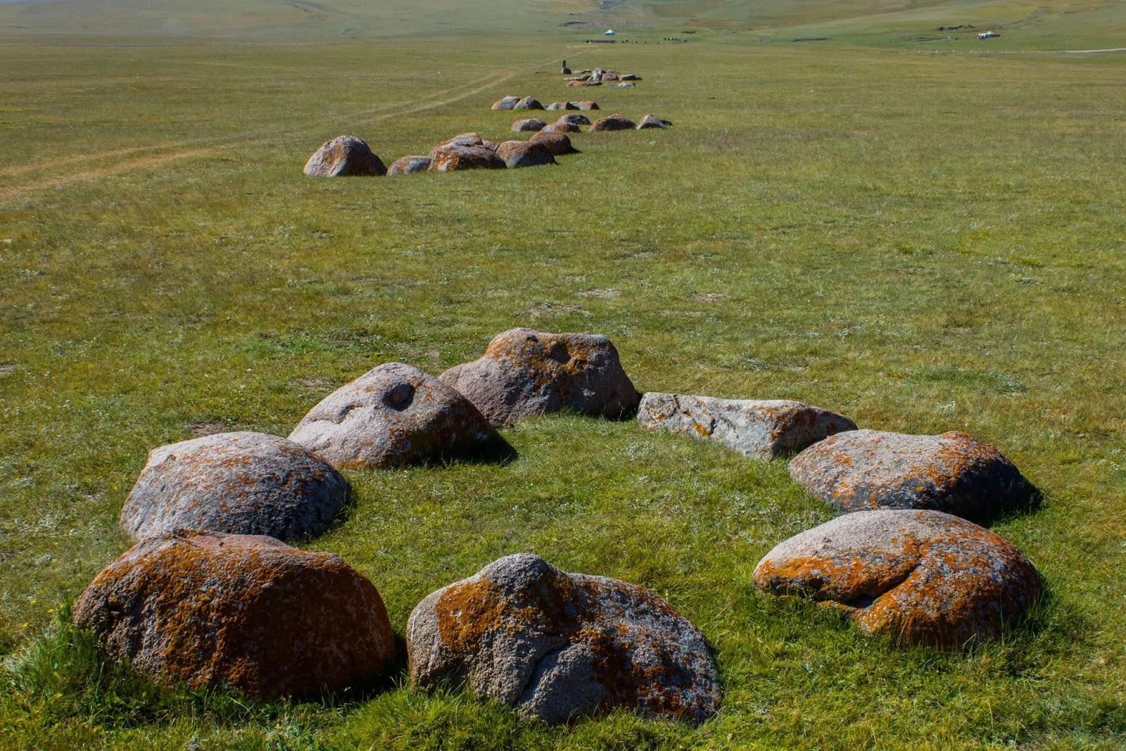 Кыргызские горы, Сон-куль, Таш-тулга
