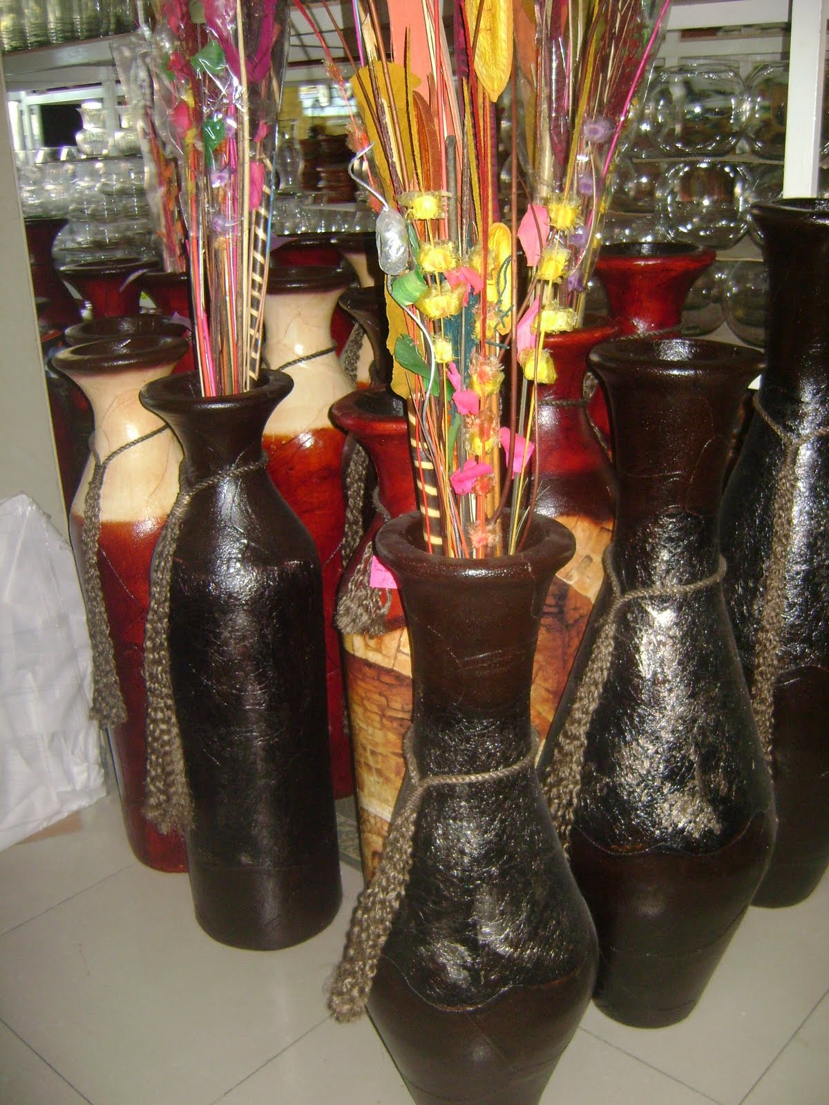 Flores y artesanias andrea barro for Jarrones decorativos grandes