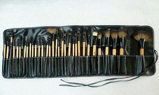 bobbi brown brushes price. bobbi brown brush set 32 piece. price : rm 145. item code mb32 status available brushes