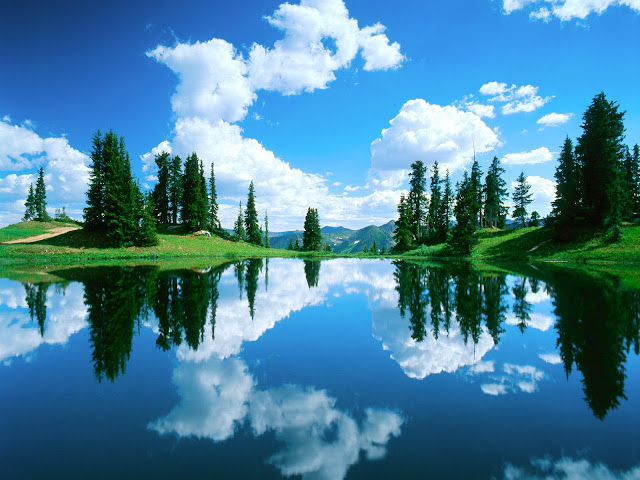 Paisaje de un lago 1600x1200