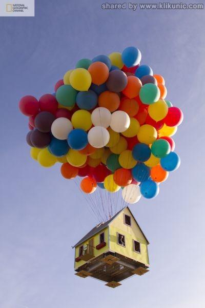 http://3.bp.blogspot.com/-KduI5lEO3ig/TXW9CG_7PyI/AAAAAAAAQWQ/Ost1l9P4v8A/s1600/a_flying_house_640_07.jpg