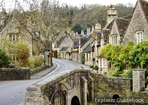 Castle Combe Desa indah di Inggris