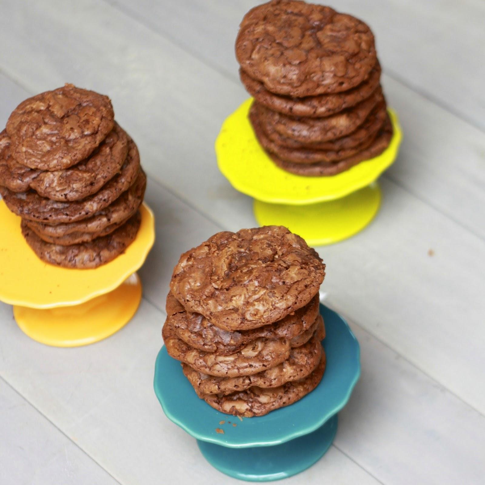 Chocolate Brownie Cookies   The Sweets Life