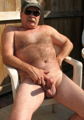 nude daddies  - sexy mature daddies - hairy chest gay