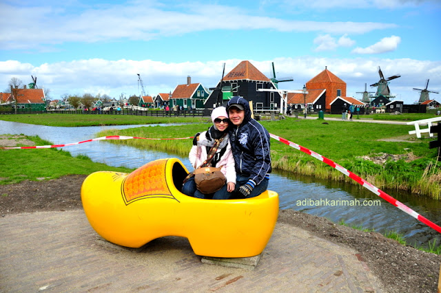 After holland and belgium now we have free holiday to guangzhou for premium beautiful top agents with gigantic wooden shoe zaanse schans