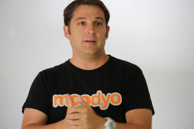 Javier Padilla @elpady - Moodyo