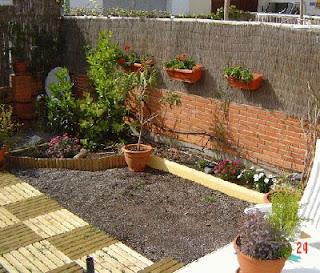 Vida jard n jardines peque os con encanto for Jardines pequenos sin sol