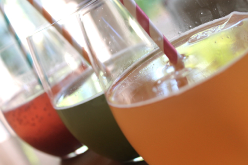Kombucha Wine Spritzer Recipe by The Skinny Confidential