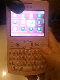 Inilah Keistimewaan Nokia Asha 205 dan 206 Harga Dan Spesifikasi