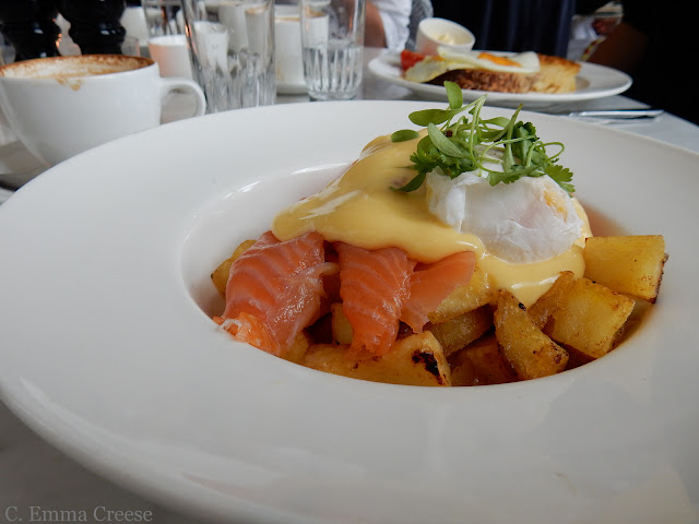 Brunch Bourne and Hollingsworth Clerkenwell London
