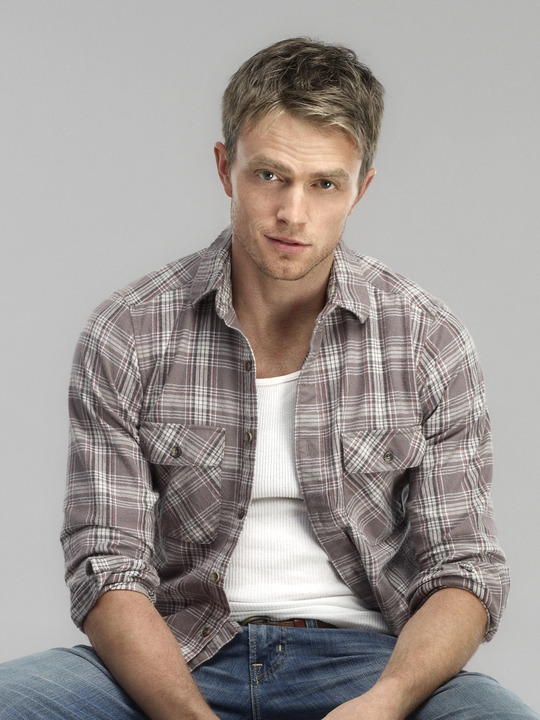 Wilson Bethel Wallpapers never saw such a woman Tell Me Which TV Hottie Would You Choose
