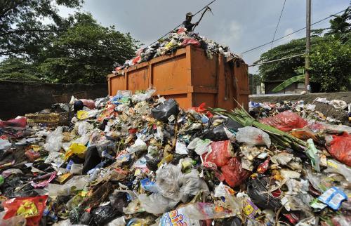 Ahok Sebut Dinas Kebersihan Tak Pernah Becus Urus Sampah