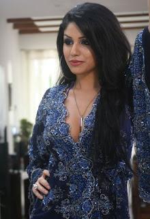 Gihana Khan latest hot cleavage images