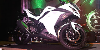 Kawasaki All New Ninja 250 Full Injection Warna Putih