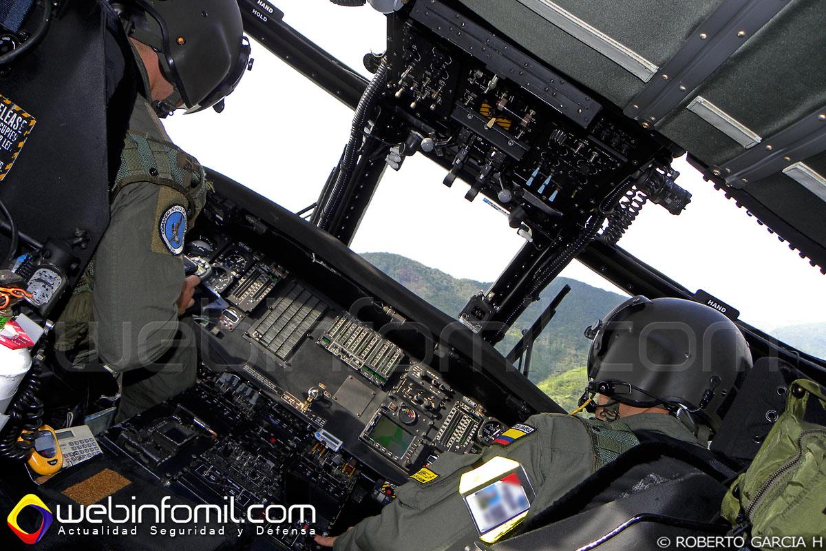 modernizado helicóptero UH-60L Black Hawk (FAC4106) de la Fuerza Aérea Colombiana