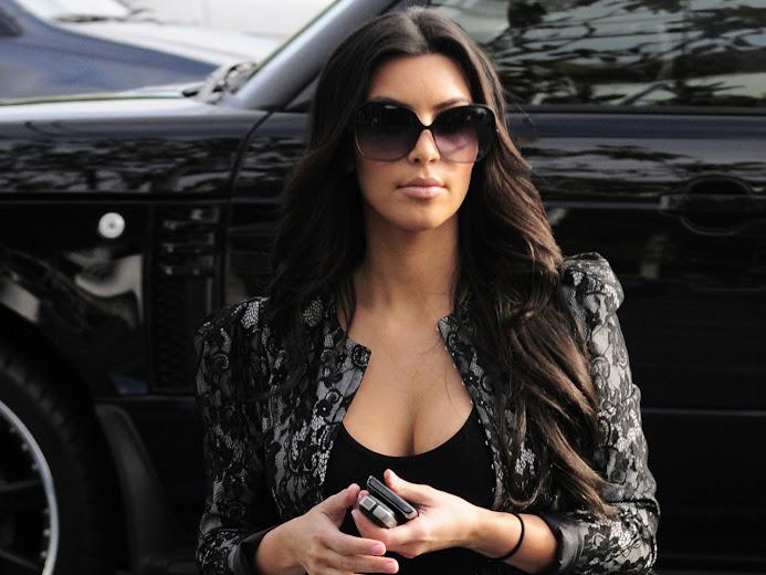 Kim Kardashian with sexy outgoing looks