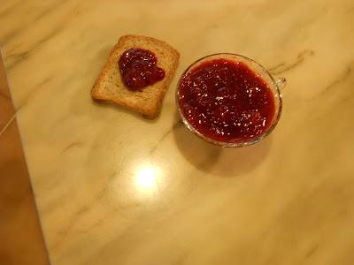 confettura di fragole, mela e zenzero