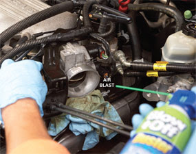 Nissan Altima 2005-2006 Easy Throttle Cleaning