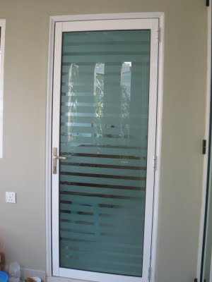 Window Malaysia Aluminium Glass Door With Frosted Strip