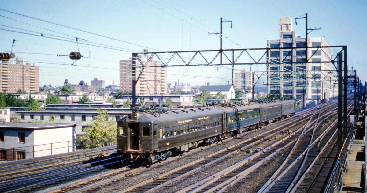 Transpress nz reading railroad electric commuter train for Kb motors reading pa