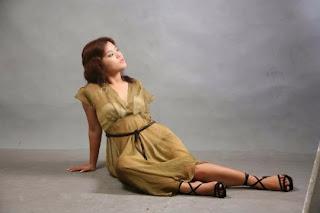Singer Sandy Myint Lwin