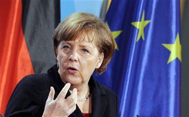 """Merkel defende regulação financeira para evitar """"novas crises mundiais"""""""