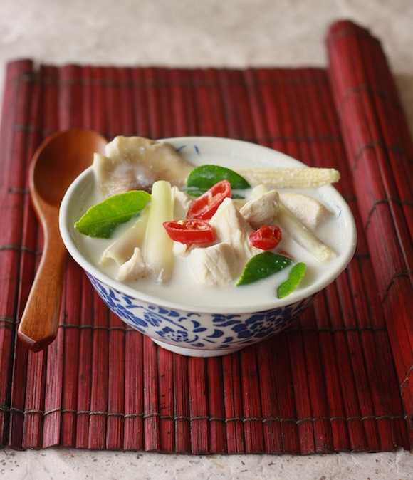 Tom Kha Gai (Thai Chicken Galangal Soup) by SeasonWithSpice.com