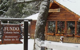 restaurant in bariloche with snow