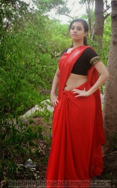 Actress%2BPriyanka%2BNair%2BRed%2BSaree%2BStills%2BSpicy%2BHot%2BPhotos023
