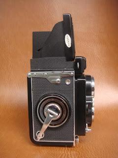 Vài em máy ảnh cổ độc cho anh em sưu tầm Yashica,Polaroid,AGFA,Canon đủ thể loại!!! - 19