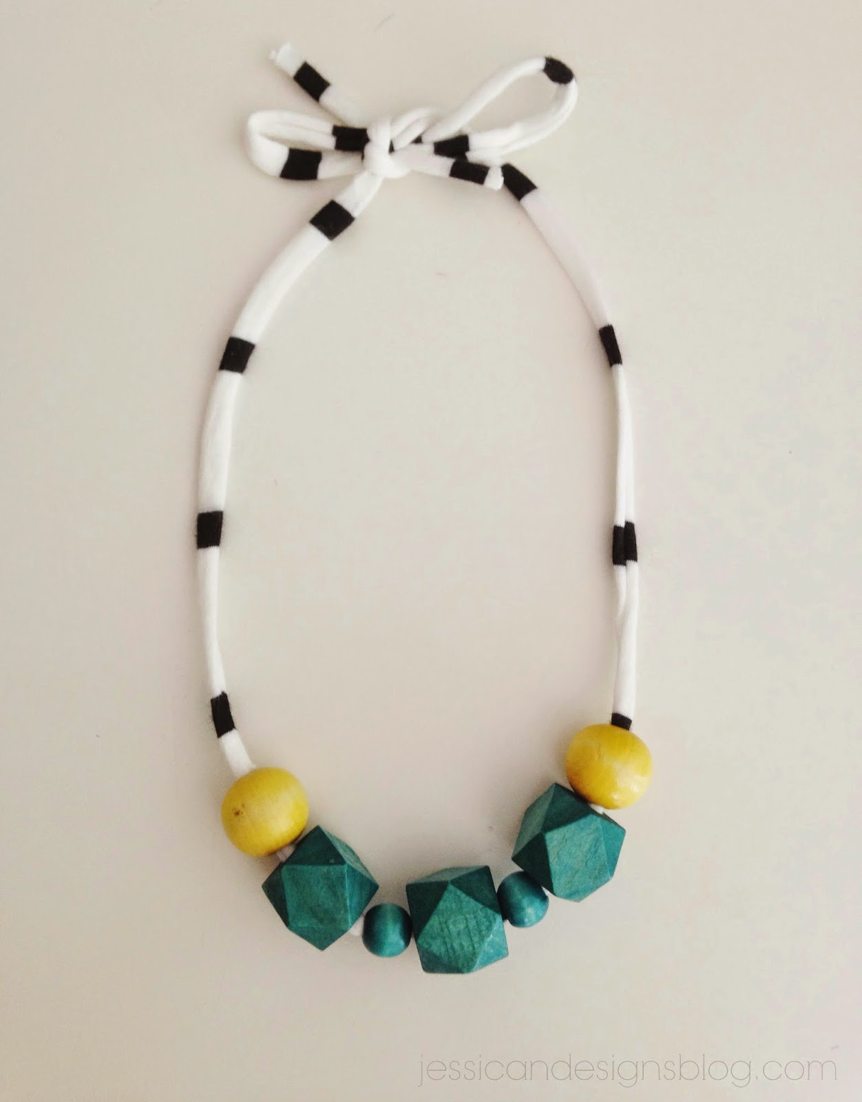 jessicaNdeisgns DIY Wood Bead Necklaces