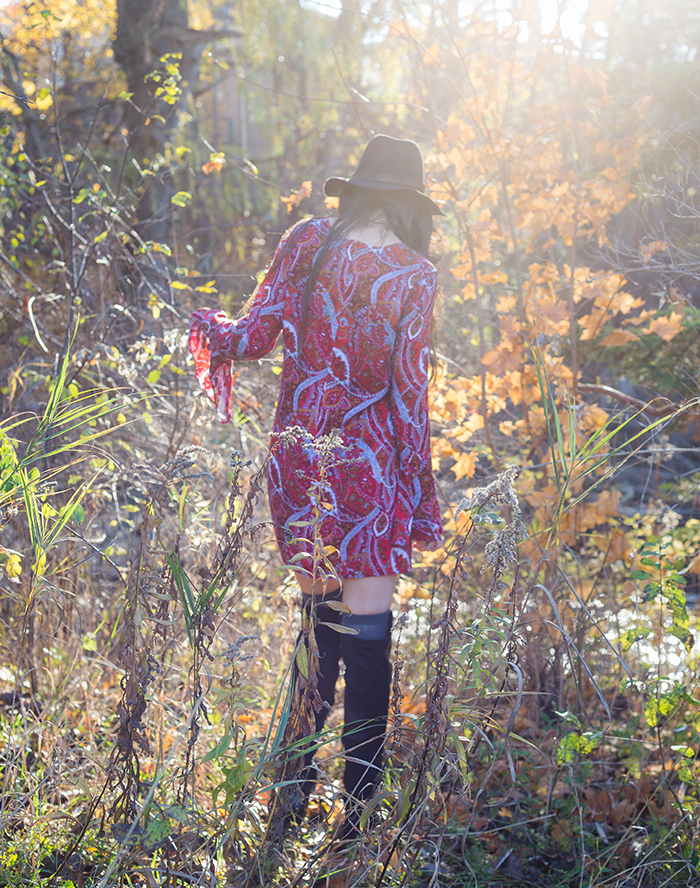 70s-paisley-dress-over-the-knee-boots-womens-fashion