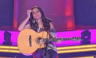 Elena Grau la voz