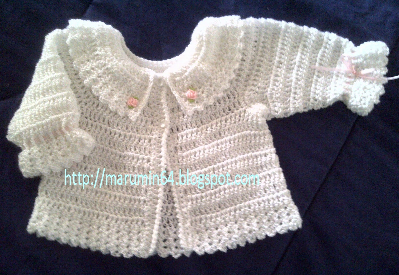 En Crochet Para Bebe   White Crochet Baby Jacket With Bouillon Roses