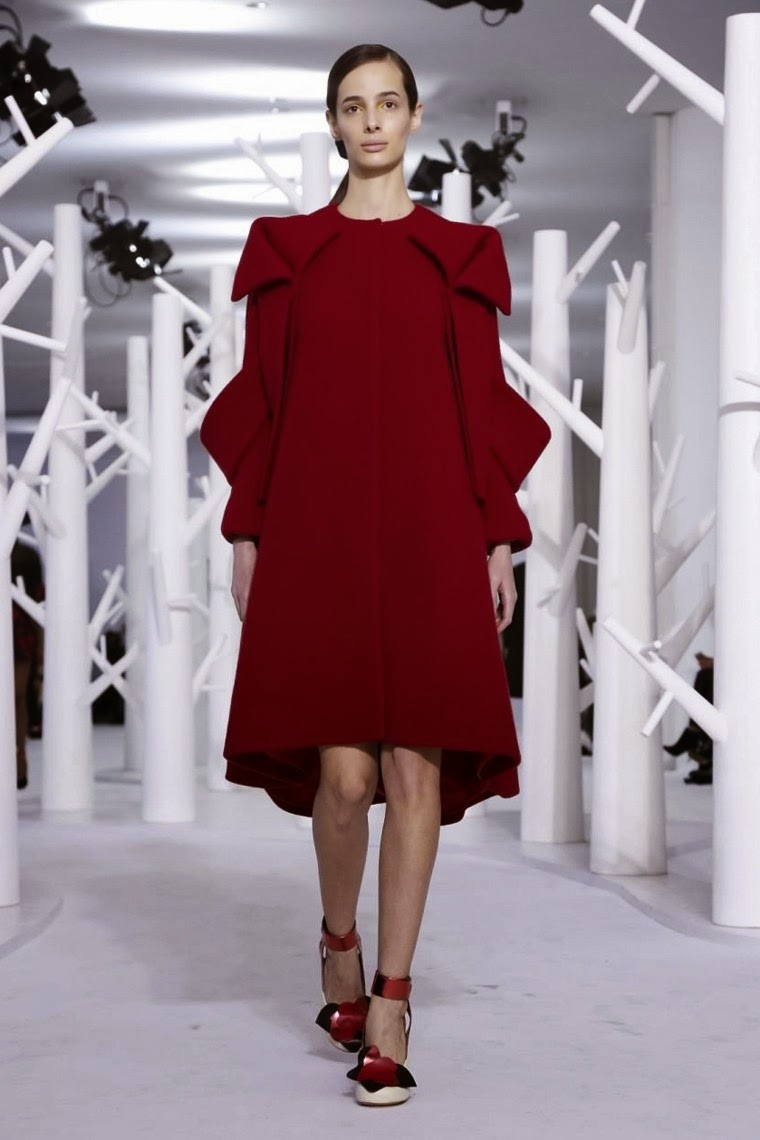 Delpozo fall, Delpozo fall 2015, Delpozo fall winter, Delpozo fall winter 2015, Delpozo AW, Delpozo AW 2015, Delpozo Autumn Winter, Delpozo Autumn Winter 2015, Delpozo Automne Hiver, Delpozo, dudessinauxpodiums, du dessin aux podiums, vintage look, dress to impress, dress for less, boho, unique vintage, alloy clothing, venus clothing, la moda, spring trends, tendance, tendance de mode, blog de mode, fashion blog, blog mode, mode paris, paris mode, fashion news, designer, fashion designer, moda in pelle, ross dress for less, fashion magazines, fashion blogs, mode a toi, revista de moda, vintage, vintage definition, vintage retro, top fashion, suits online, blog de moda, blog moda, ropa, asos dresses, blogs de moda, dresses, tunique femme, vetements femmes, fashion tops, womens fashions, vetement tendance, fashion dresses, ladies clothes, robes de soiree, robe bustier, robe sexy, sexy dress