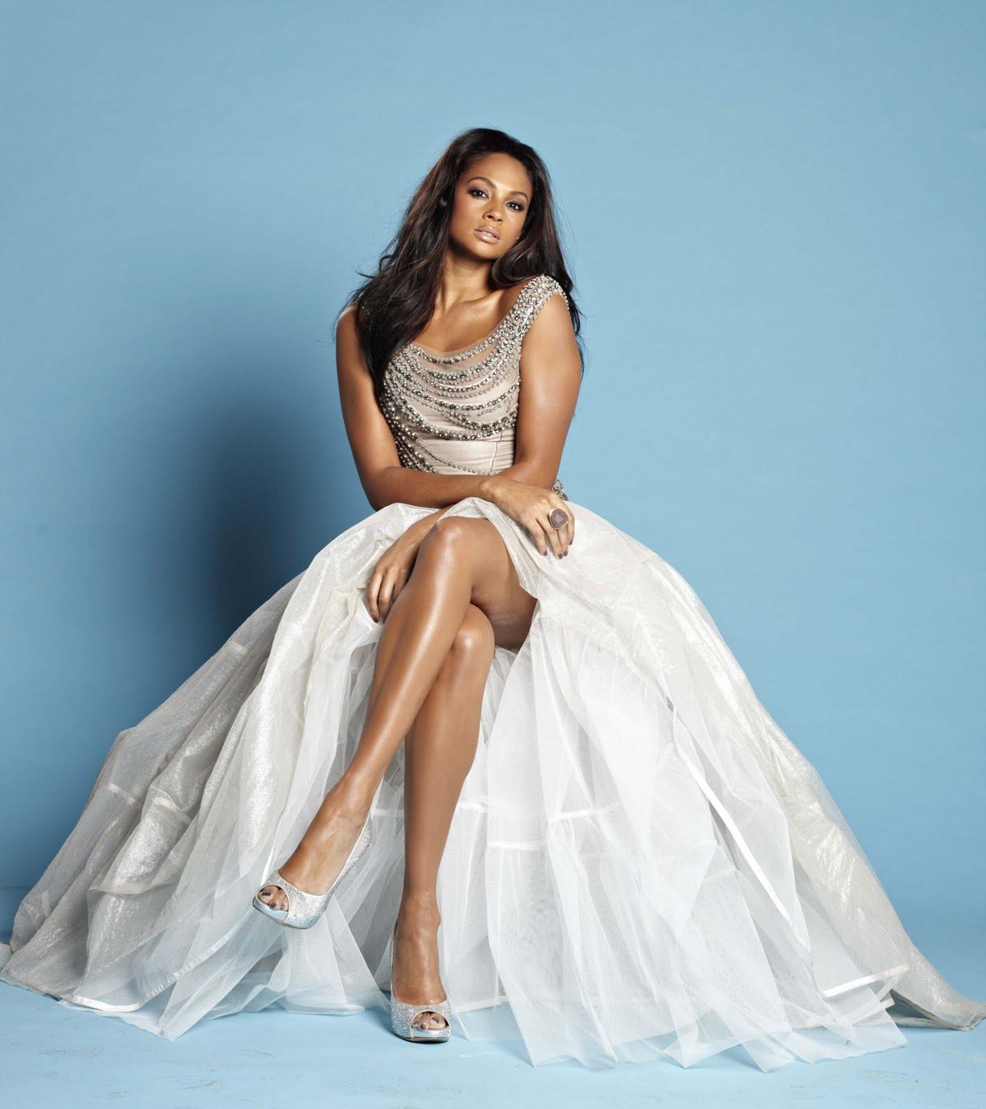 http://3.bp.blogspot.com/-Kht5k63L7W4/TnHotRaiHoI/AAAAAAAABM0/WBR_ZssMfqg/s1600/Alesha+Dixon+beautiful+business+model+%25283%2529.jpg