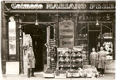 BARCELOFÍLIA: COLMADO MARIANO PÉREZ. Roger de Llúria 50. (1930's-1970)