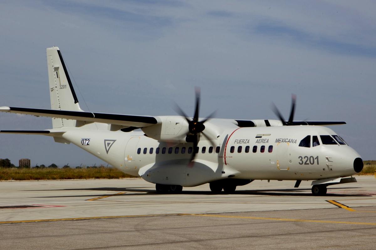 http://3.bp.blogspot.com/-Ki5GjuK9aK4/T0IQwjtkTKI/AAAAAAAABi4/xLLbuMMDKw8/s1600/CN-295-Aircraft-3.jpg
