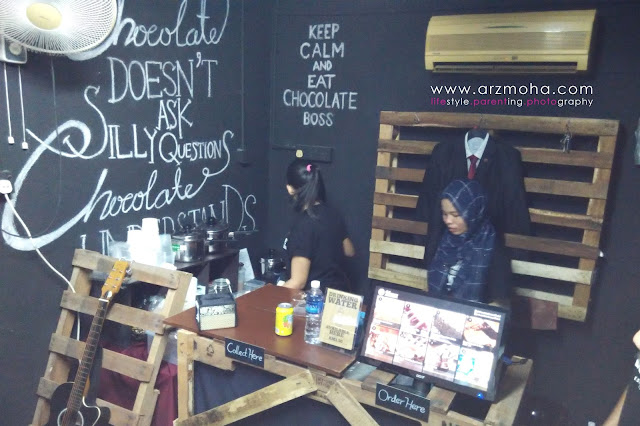 chocolate boss cafe penang, tempat makan menarik penang, kedai kek sedap, belgian chocolate kek,