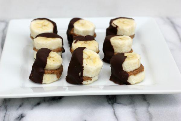 Frozen Dark Chocolate Almond Banana Bites