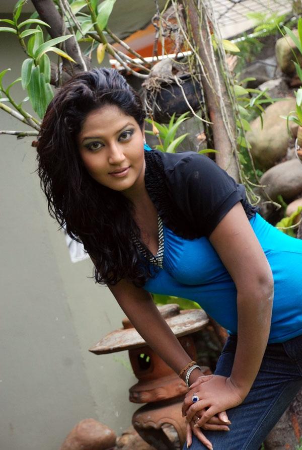 Hot Indian Girls, Bhabhi, Aunty   Cultural nude girl