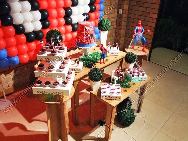 decoração festa provençal homem aranha