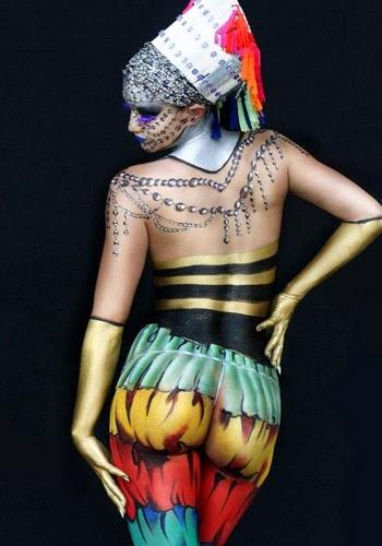 Women Body Painting
