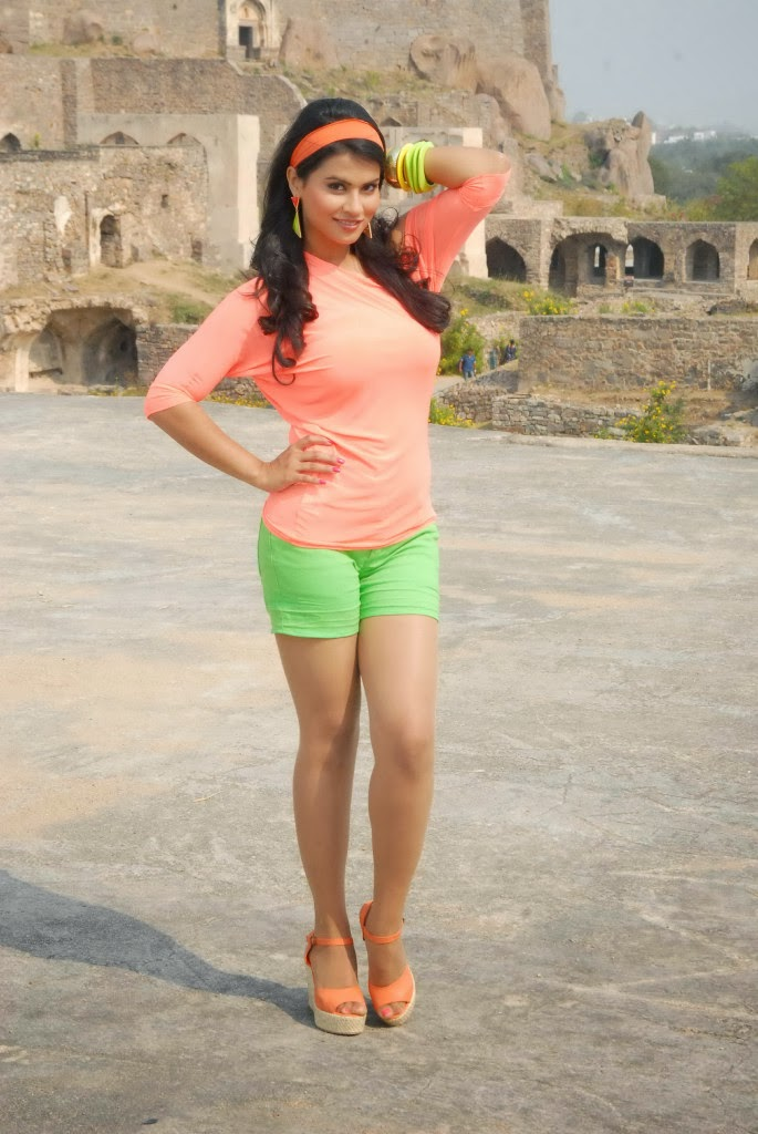 Sharmila mandre latest photo gallery in green shorts