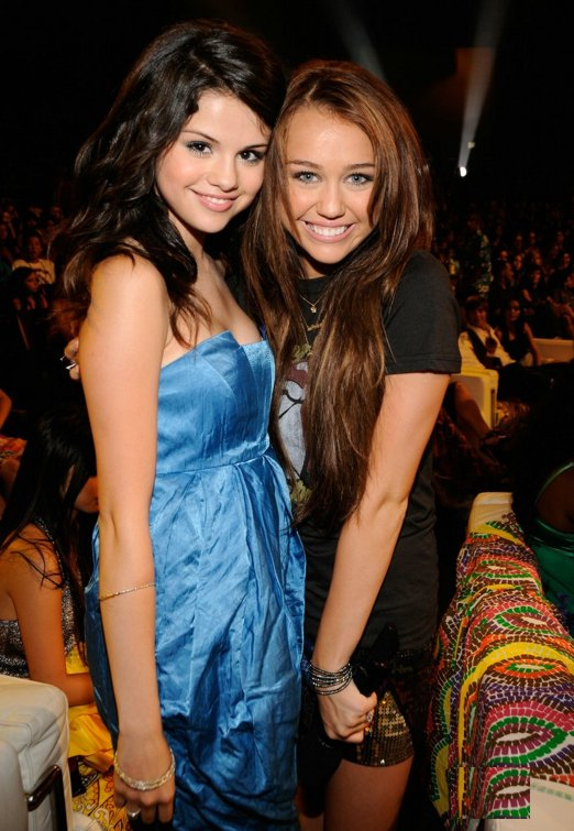 Miley Cyrus Selena Gomez Play Boy
